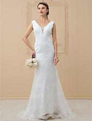 Tubinho Decote V Cauda Escova Chiffon Renda Vestido de casamento com Apliques Renda Caixilhos / Fitas de LAN TING BRIDE®