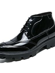 Недорогие -Муж. обувь Полиуретан Весна Осень Удобная обувь Модная обувь Ботинки для Свадьба Черный