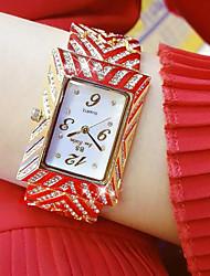 abordables -Mujer Cuarzo Reloj de Pulsera Reloj de Moda Japonés Gran venta Acero Inoxidable Banda Encanto Dorado