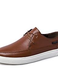 Недорогие -Муж. обувь Дерматин Весна Модная обувь Удобная обувь Кеды для Повседневные Белый Черный Темно-русый Темно-коричневый