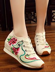preiswerte -Damen Schuhe Leinwand Frühling Sommer Komfort Sneakers Keilabsatz Runde Zehe für Normal Weiß Schwarz Rot