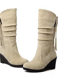 Недорогие -Жен. Обувь Полиуретан Зима Осень Удобная обувь Оригинальная обувь Ботинки Туфли на танкетке Заостренный носок Сапоги до середины икры