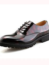 Недорогие -Муж. обувь Дерматин Весна Осень Формальная обувь Туфли на шнуровке Ноль Пайетки для Свадьба Черный Красный