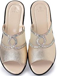 preiswerte -Damen Schuhe Echtes Leder Frühling Herbst Komfort Sandalen Keilabsatz für Normal Gold Silber Rot