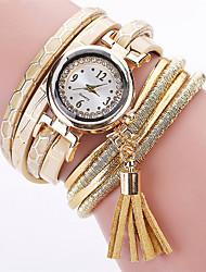 Недорогие -Жен. Повседневные часы Модные часы Китайский Кварцевый Секундомер Повседневные часы Кожа Группа Elegant Хэллоуин Рождество Черный Белый