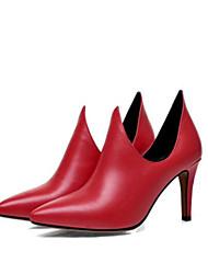 abordables -Femme Chaussures Polyuréthane Printemps Eté Confort Chaussures à Talons Talon Aiguille Bout fermé Bout pointu pour Noir Rouge
