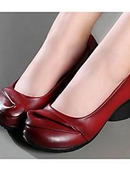 Недорогие -Жен. Обувь Кожа Весна Осень Удобная обувь Обувь на каблуках На толстом каблуке для Черный Желтый Вино