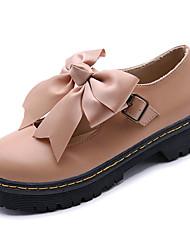 Недорогие -Жен. Обувь Полиуретан Весна Удобная обувь Туфли на шнуровке На плоской подошве Круглый носок Бант Черный / Миндальный