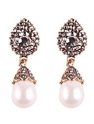 abordables -Femme Goutte Strass Cristal / Imitation de perle Boucles d'oreille goutte - Peinture à l'Huile / Elégant Or / Argent Des boucles