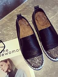 preiswerte -Damen Schuhe Echtes Leder Winter Herbst Komfort Loafers & Slip-Ons Niedriger Heel Runde Zehe Strass für Normal Schwarz