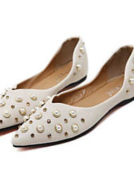 preiswerte -Damen Schuhe PU Frühling Herbst Komfort Flache Schuhe Flacher Absatz Spitze Zehe für Draussen Rosa Mandelfarben