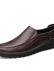 preiswerte -Herrn Schuhe Leder Frühling Sommer Komfort Loafers & Slip-Ons für Normal Schwarz Dunkelbraun