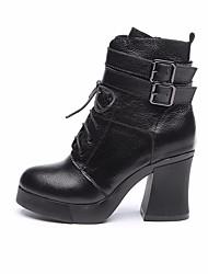 Недорогие -Жен. Обувь Кожа Зима Осень Удобная обувь Армейские ботинки Ботинки На толстом каблуке Ботинки для Повседневные Черный