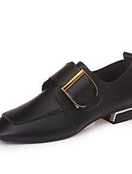 preiswerte -Damen Schuhe PU Frühling Sommer Club-Schuhe Sandalen Blockabsatz Peep Toe für Kleid Weiß Schwarz