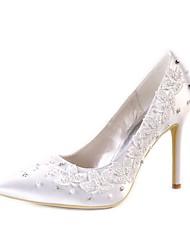 preiswerte -Damen Schuhe Seide Frühling Sommer Pumps Hochzeit Schuhe Stöckelabsatz Spitze Zehe Geschlossene Spitze Strass Imitationsperle