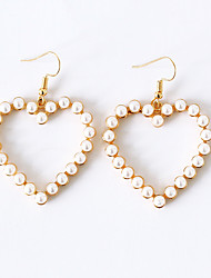 abordables -Mujer Pendientes colgantes / cuelga los pendientes - Perla Artificial Corazón Dulce, Elegante Dorado / Plata Para Regalo / Enamorado