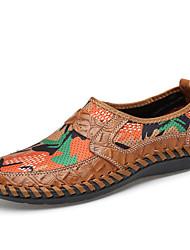 baratos -Homens sapatos Courino Couro Primavera Verão Conforto Mocassins e Slip-Ons Estampa Animal para Casual Marron Verde Azul