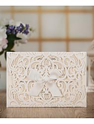 Недорогие -Открытка-карман Свадебные приглашения Пригласительные билеты Классический Тиснённая бумага Рельефный