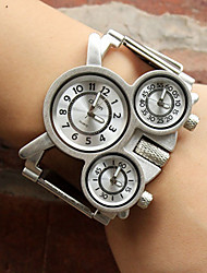 baratos -Oulm Mulheres / Casal Relógio Casual / Relógio Esportivo / Relógio de Moda Japanês Relógio Casual Lega Banda Luxo / Casual Prata