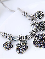 cheap -Women's Flower Rhinestone Statement Necklace  -  Vintage Fashion European Silver Necklace For Party