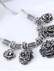 Недорогие -Жен. Заявление ожерелья - Цветы Винтаж, европейский, Мода Серебряный Ожерелье Назначение Для вечеринок