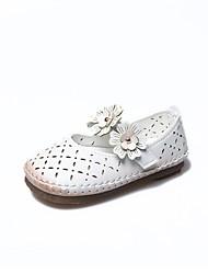 Недорогие -Девочки Обувь Полиуретан Кожа Весна лето Удобная обувь На плокой подошве Цветы для Повседневные Для праздника Белый Красный Розовый