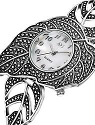 Недорогие -ASJ Жен. Повседневные часы Модные часы Японский Кварцевый Серебристый металл 30 m Повседневные часы Аналоговый Дамы Мода Элегантный стиль - Серебряный Два года Срок службы батареи / SSUO 377