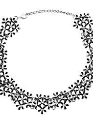 Недорогие -Ожерелья-бархатки  -  Цветы Этнический, Элегантный стиль Золотой, Серебряный 35 cm Ожерелье Назначение Свадьба, Для вечеринок