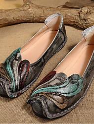 Недорогие -Жен. Обувь Кожа Весна Осень Удобная обувь Мокасины и Свитер На плоской подошве Круглый носок для Повседневные Черный Серый