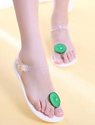 baratos -Mulheres Sapatos Pele PVC Verão Conforto Sandálias Salto Baixo para Casual Branco Preto