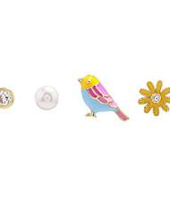 abordables -Femme Adorable Oiseau / Fleur Perle 1 Boucles d'oreille goujon - Dessin Animé / Doux Arc-en-ciel Forme de Cercle Des boucles d'oreilles
