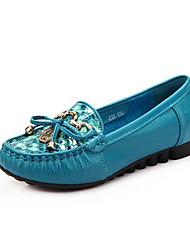 povoljno -Žene Cipele Koža Proljeće Jesen Udobne cipele Natikače i mokasinke Ravna potpetica za Kauzalni Crn Crvena Plava