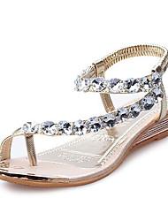 baratos -Mulheres Sapatos Courino Primavera / Verão Conforto / Inovador / Botas da Moda Sandálias Salto Baixo Dourado / Prata / Festas & Noite