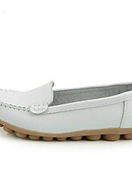baratos -Mulheres Sapatos Couro Primavera Mocassim Mocassins e Slip-Ons Sem Salto para Ao ar livre Café / Vermelho / Khaki