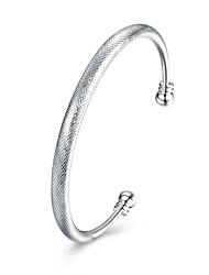 abordables -Cristal Manchettes Bracelets - Doux, Mode Bracelet Argent Pour Quotidien / Formel