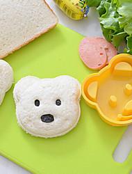 Недорогие -плюшевый медведь форма сэндвич-резак diy пластиковый рис пресс-форма onigiri резак