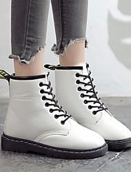 Недорогие -Жен. Полиуретан Наступила зима Армейские ботинки Ботинки На плоской подошве Круглый носок Ботинки Белый / Черный / Красный