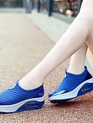 preiswerte -Damen Schuhe Tüll Frühling Sommer Komfort Sportschuhe Walking / Tennis Keilabsatz für Sportlich / Draussen Grau / Rosa / Königsblau