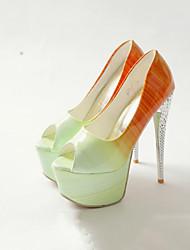 baratos -Mulheres Sapatos Couro Ecológico Primavera Verão Inovador / Conforto Saltos Salto Agulha Peep Toe para Escritório e Carreira / Festas &