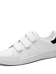 billige -Dame Sko Syntetisk Mikrofiber PU Forår sommer Komfort Sneakers Flade hæle for udendørs Hvid / Sort