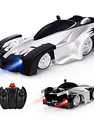 baratos -Carro com CR Stunt Wall Climbing Car 2.4G Rock Climbing Car / Stunt Car 1:18 20 km/h