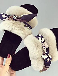 baratos -Mulheres Sapatos Camurça Primavera Conforto Chinelos e flip-flops Sem Salto Preto / Bege / Rosa claro