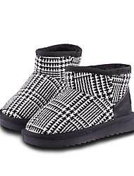 baratos -Para Meninas Sapatos Cetim Inverno Botas de Neve / Forro de fluff Botas Caminhada para Infantil Branco / Preto / Preto / Vermelho