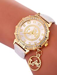 abordables -Xu™ Mujer Reloj de Vestir / Reloj de Pulsera Chino Creativo / Reloj Casual / Encantador PU Banda Moda / Reloj con palabras Negro / Blanco / Azul / La imitación de diamante / Esfera Grande / Un año