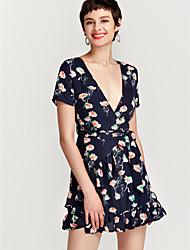 Недорогие -Жен. Крупногабаритные А-силуэт Платье - Цветочный принт, Классический Завышенная V-образный вырез До колена