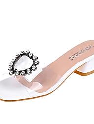 baratos -Mulheres Sapatos Couro Ecológico Verão Chanel Sandálias Salto Robusto Pedrarias Branco / Preto / Amêndoa