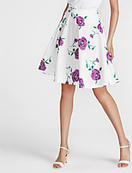 baratos -saias de linha na altura do joelho de uma mulher - floral