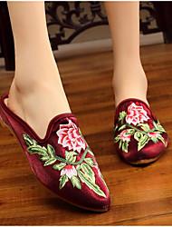 abordables -Femme Chaussures Satin Printemps été Confort Sabot & Mules Talon Bas Bout rond Fleur en Satin Rouge / Rose / Bourgogne / Soirée & Evénement
