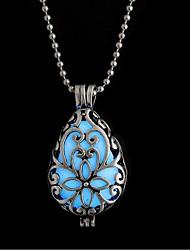 Недорогие -Жен. Светящийся камень Длиные Ожерелья с подвесками - Винтаж, Мода Синий 42 cm Ожерелье Бижутерия 1шт Назначение Halloween, Бар