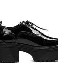 Недорогие -Жен. Наппа Leather Весна / Лето Удобная обувь Туфли на шнуровке Микропоры Закрытый мыс Черный